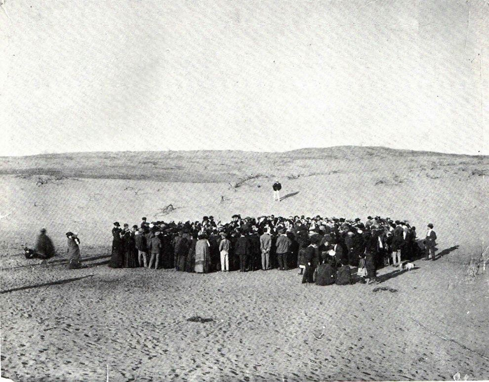 1909 about 100 people participte in a lottery to divide a 12 acre plot of sand dunes which would later become the city of tel aviv - 1909 – About 100 people participte in a lottery to divide a 12 acre plot of sand dunes which would later become the city of Tel Aviv.