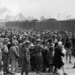 may to june 1944 hungarian jews are being selected by the nazis to be sent to the gas chamber at auschwitz concentration camp 150x150 - 22 moments étonnants de l'histoire en photos