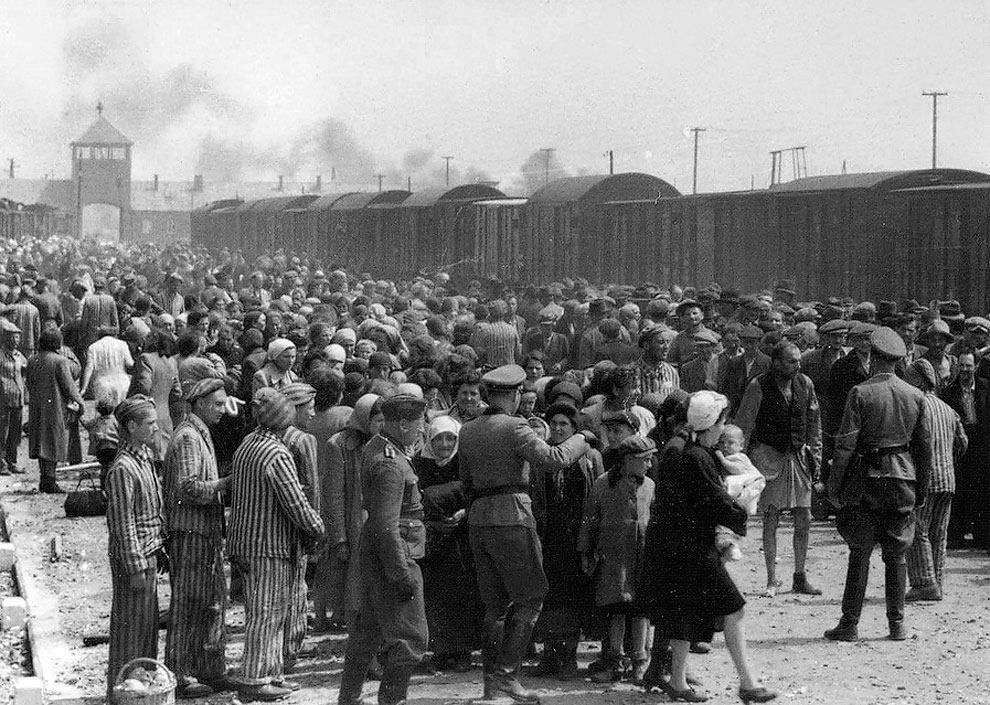 may to june 1944 hungarian jews are being selected by the nazis to be sent to the gas chamber at auschwitz concentration camp - May to June 1944 – Hungarian Jews are being selected by the Nazis to be sent to the gas chamber at Auschwitz concentration camp.